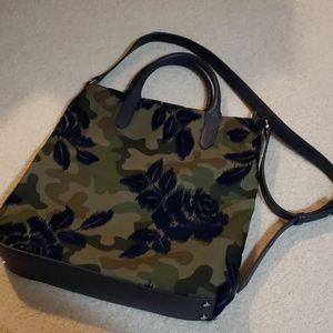Like New Banana Republic Camo Crossbody Bag